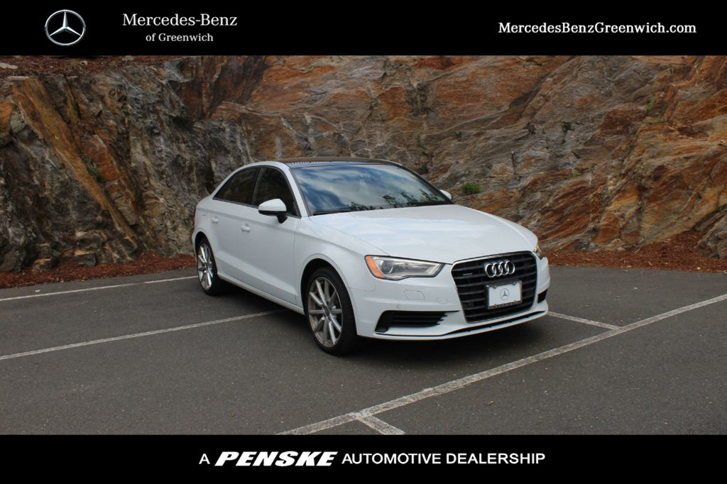 Pre-Owned 2016 Audi A3 4dr Sedan quattro 2.0T Premium