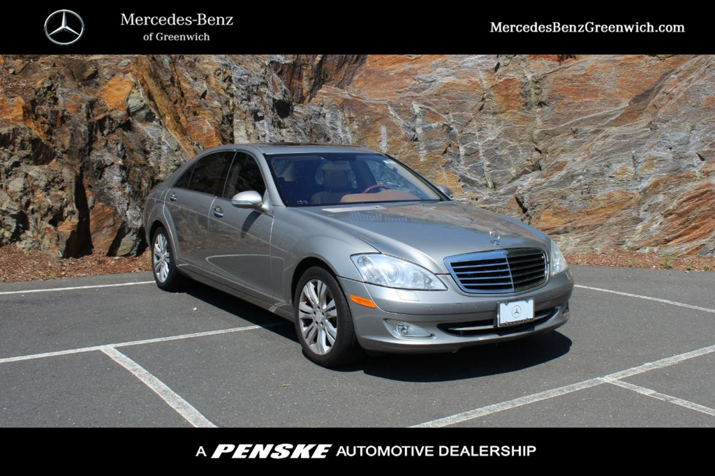 Pre-Owned 2009 Mercedes-Benz S-Class S 550 4dr Sedan 5.5L V8 4MATIC®